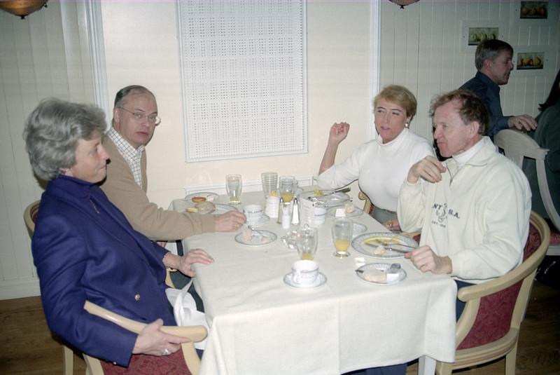 2002-02-16-0013.jpg