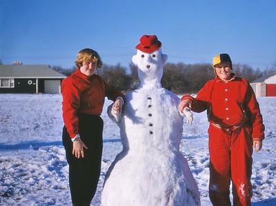 Penny & Ron - Snowman