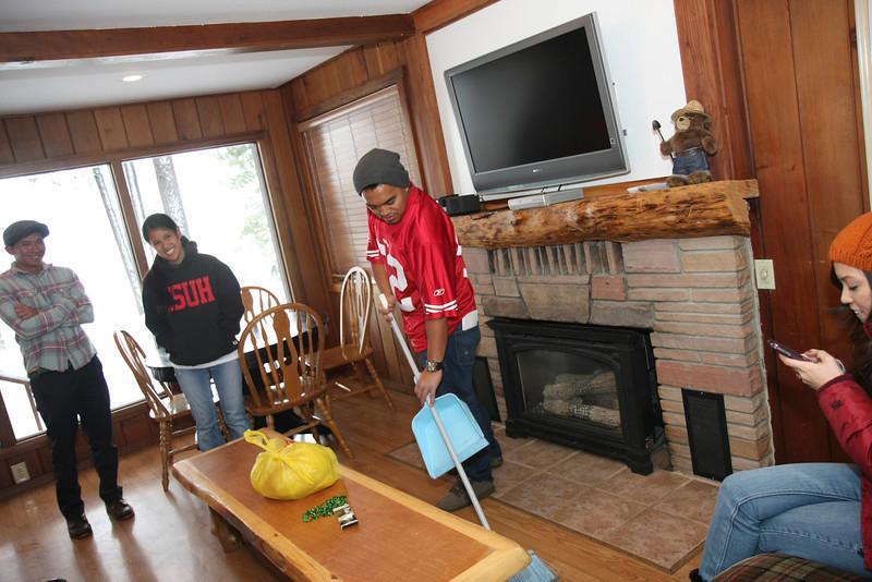 20120122_IMG_0073_Tahoe-Cabin-Snow-Austin-Camuntitled.JPG