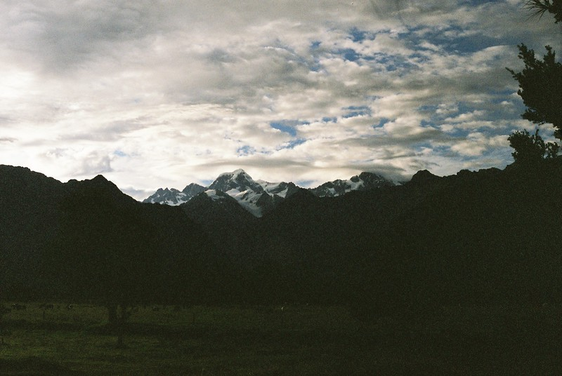 on-the-way-to-milford-sound_1814633492_o.jpg