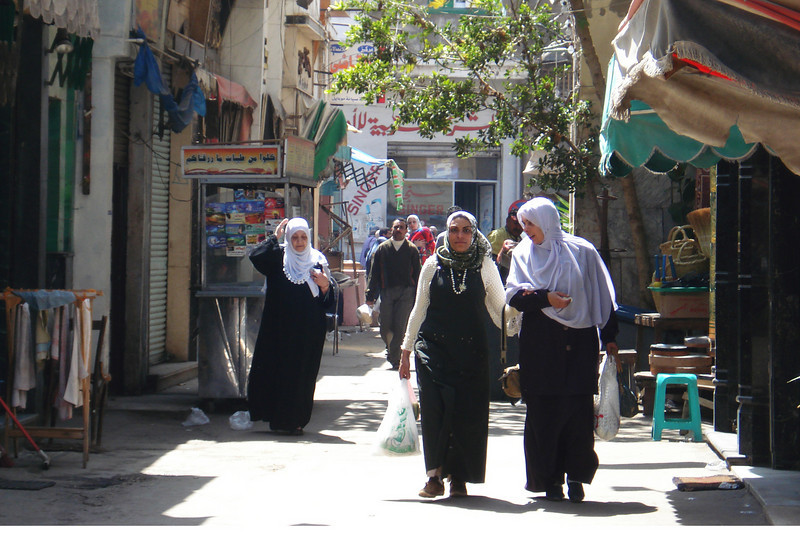 Ladirs in the Souk.jpg