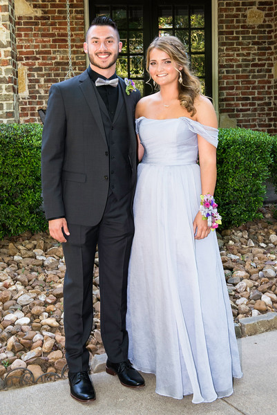 2019-04-27 Legacy Prom Pictures 019.jpg