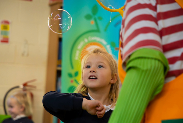 FREE TO USE IMAGE. Pictured during Science Week with WIT (Waterford Institute of Technology) by Calmast. Pictured during the Bubble show with Bubblz the Bubbly Maths Clown at Graiguenamanagh Library, Graiguenamanagh, County Kilkenny. Pictured are Senior Infants, Scoil Mhuire gan Smál Graignamanagh. Picture: Patrick Browne