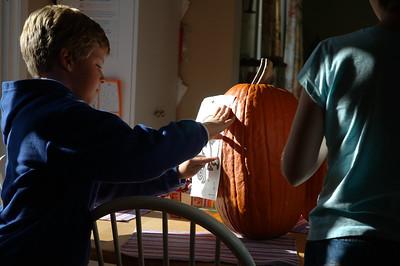 10-30-05 Pumpkin Carving