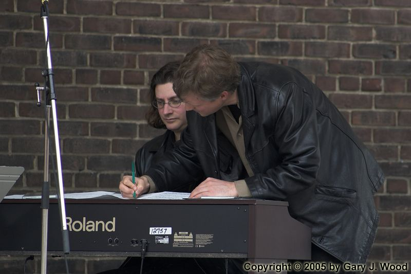 Mike Downes and Dave Restivo making the arrangements, Distillery Jazz Festival 2005