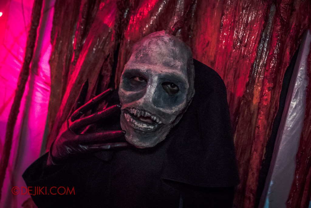 Halloween Horror Nights 7 - INSIDE THE MIND haunted house the kill lord obsession