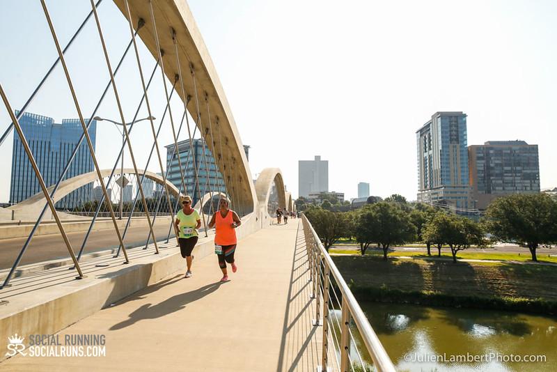 Fort Worth-Social Running_917-0447.jpg