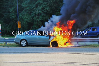Southern State Parkway Car Fire 9/18/14