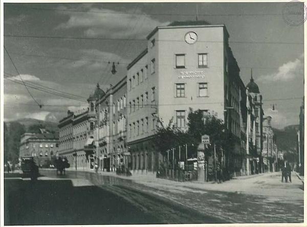 1930g.jpg