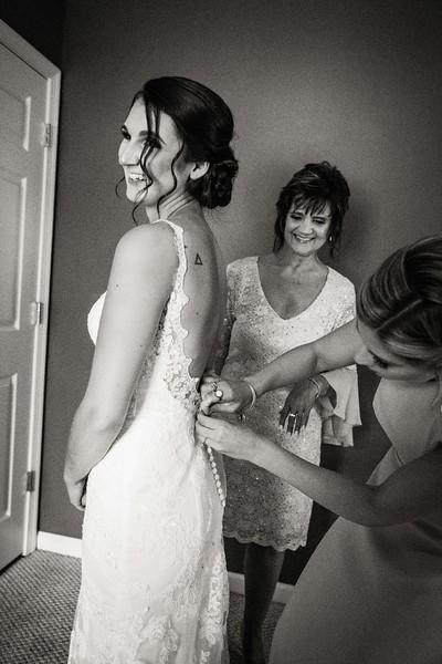 TARYN AND SETH - THE MICRO WEDDING - 28.jpg