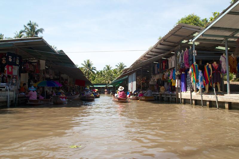 Roewe_Thailand 182.jpg