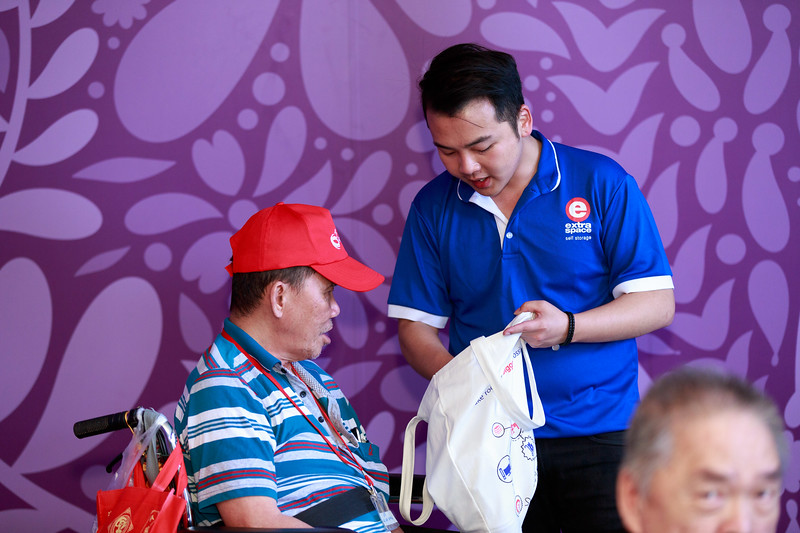 VividSnaps-Extra-Space-Volunteer-Session-with-the-Elderly-136.jpg