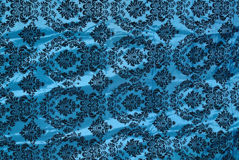 Blue blkOrnament 7613.jpg