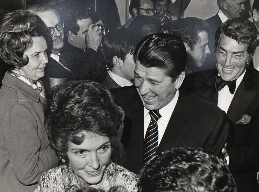 . 1971 - Ronald and Nancy Reagan at the Grand Entrance to G.O.P. Gala.  Dean Martin to right. (Los Angeles Daily News file photo)