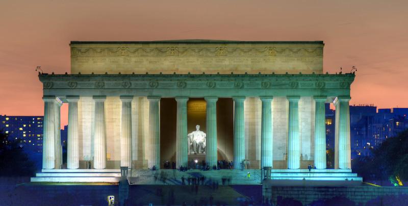 Lincoln-Night.jpg