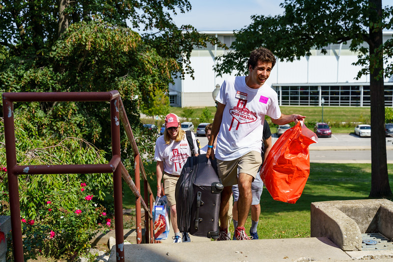 RHIT_Freshman_Move_In_Day_2019-7882.jpg