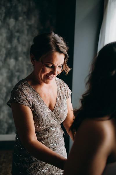 [Bridal Prep] Caitlin-Aaron-15.jpg