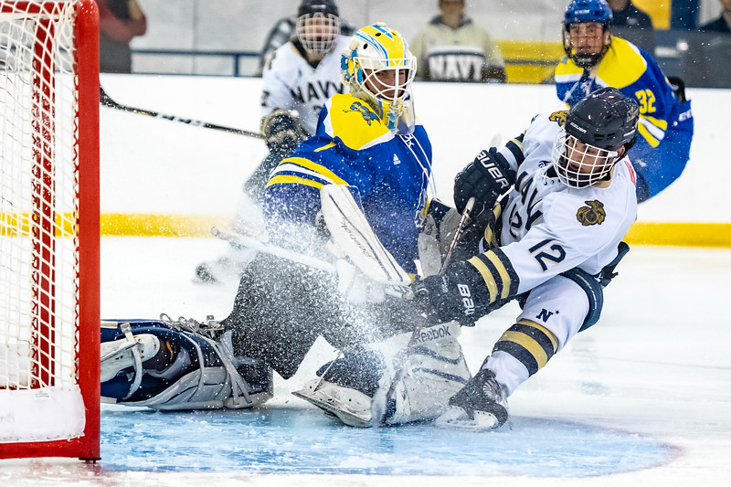 2018-10-19-NAVY-Hockey_vs_Delaware-76.jpg