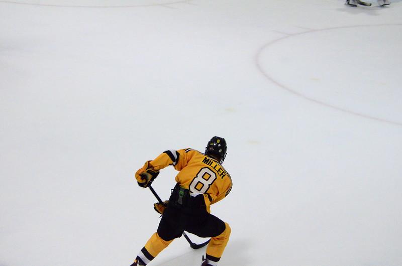 150904 Jr. Bruins vs. Hitmen-260.JPG