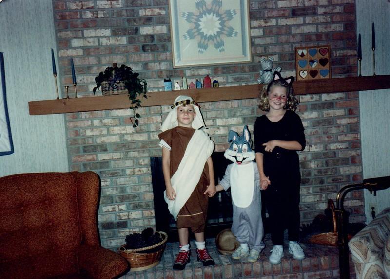 1989_Fall_Halloween Maren Bday Kids antics_0011.jpg