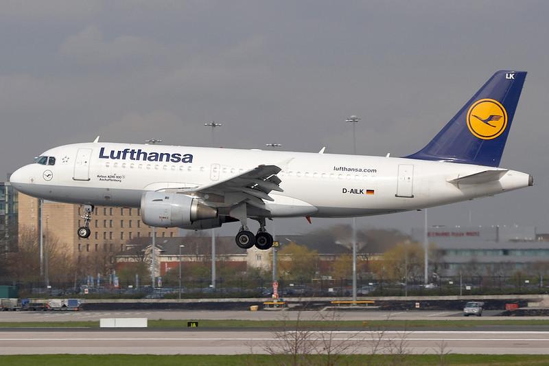 SkyMover_MAN21032011_Lufthansa_D-AILK.jpg