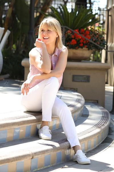 KarenJohnsonMiller6452Web.jpg