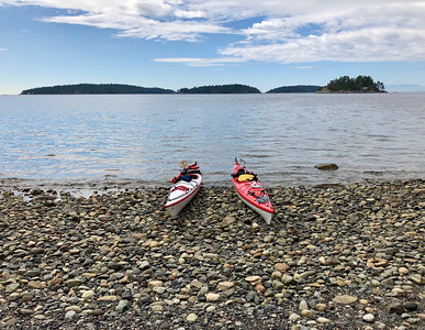 Kayaking around Keats Island 2019