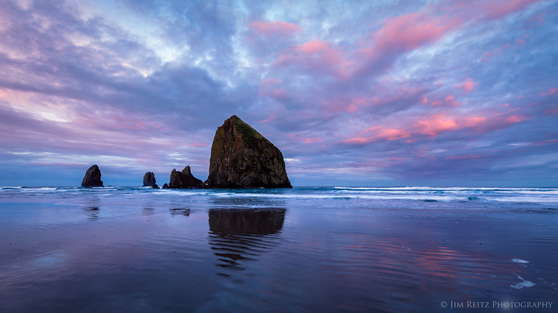 Sunrise - Haystack Rock in Cannon Beach, Oregon