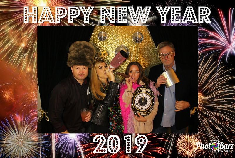 New Years 2019 Photobooth Pics (82).jpg