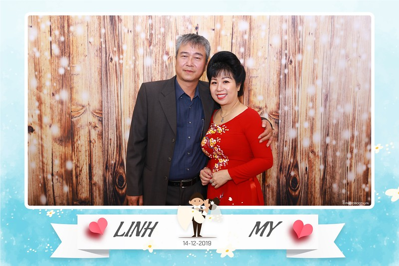 Linh-My-wedding-instant-print-photo-booth-in-Ha-Noi-Chup-anh-in-hnh-lay-ngay-Tiec-cuoi-tai-Ha-noi-WefieBox-photobooth-hanoi-154.jpg