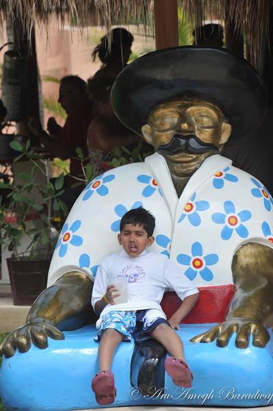 2013-03-28_SpringBreak@CancunMX_079.jpg