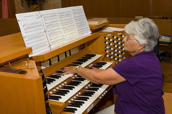 Luella Warkentin - Organist Retires