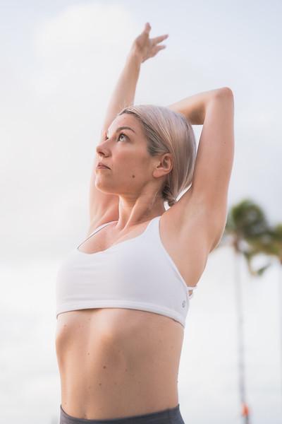 IG - Hawaii - Madeleine Russick - Yoga-30.jpg