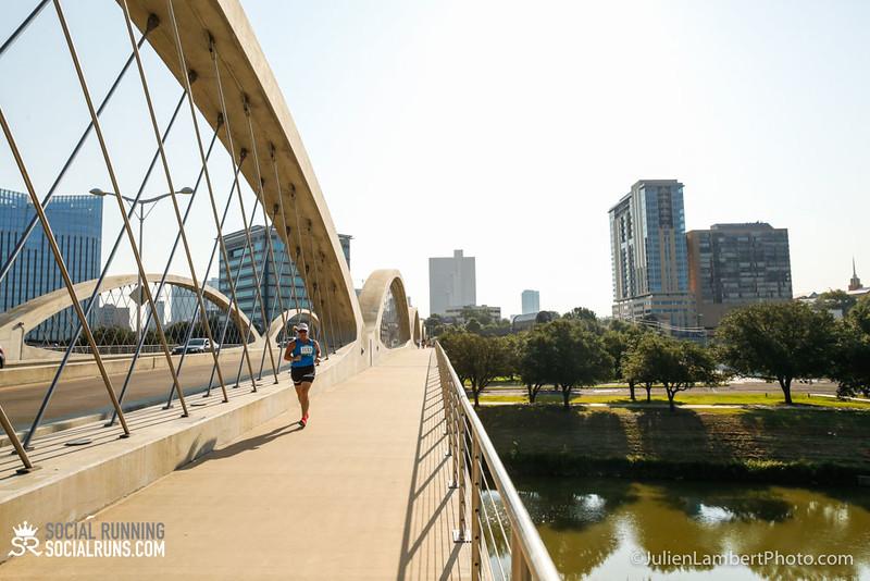 Fort Worth-Social Running_917-0302.jpg