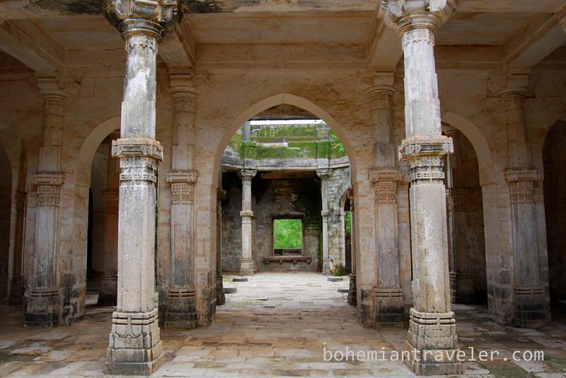 inside Uparkot Fort Junagadh (2).jpg