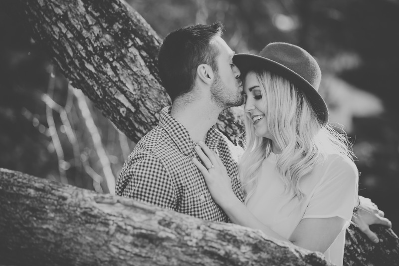 Engagement-037bw.jpg
