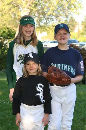 20060512 Kids In Uniform