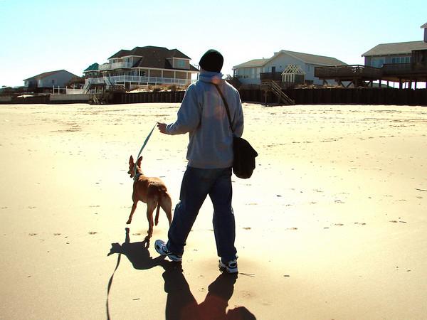 2007 02-19 Virginia Beach with Amber
