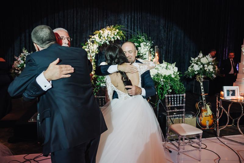 2018-10-20 Megan & Joshua Wedding-857.jpg