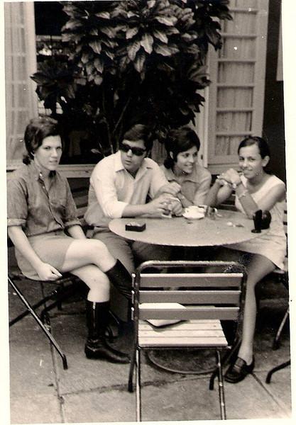 Casa do Pessoal Dundo: Luisa Santos, Carlos Aires Marques, Lisa Pereira e Teresa Caetano