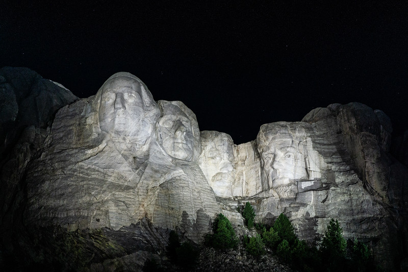 mount_rushmore_night_ceremony_light-1-2.jpg
