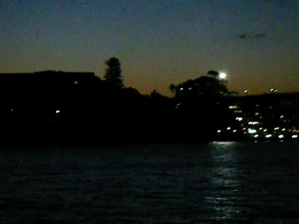 Sydney 237.MOV