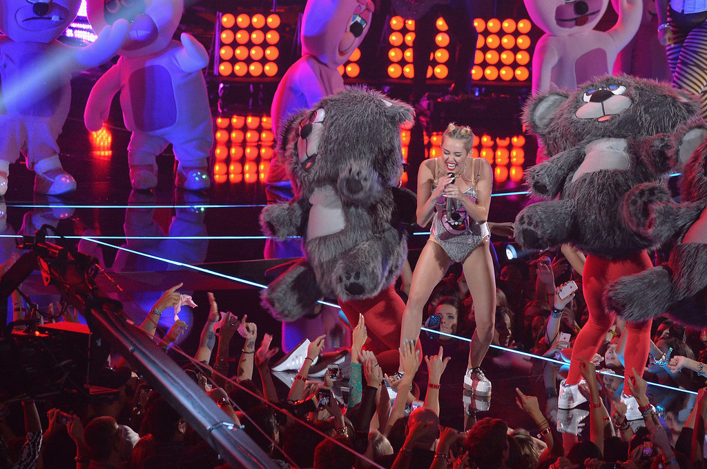 . Miley Cyrus performs during the 2013 MTV Video Music Awards at the Barclays Center on August 25, 2013 in the Brooklyn borough of New York City.  (Photo by Rick Diamond/Getty Images for MTV)