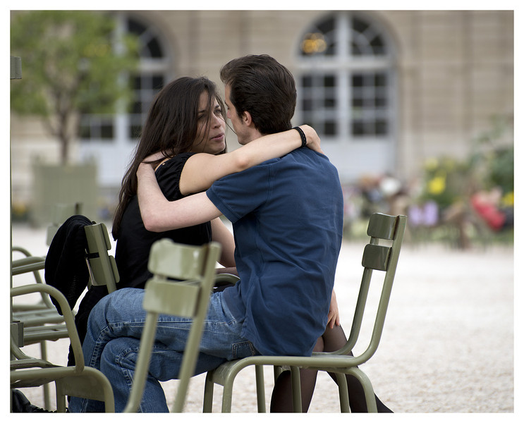 "This couple in the Luxembourg Gardens seemed 'tres Francais""."