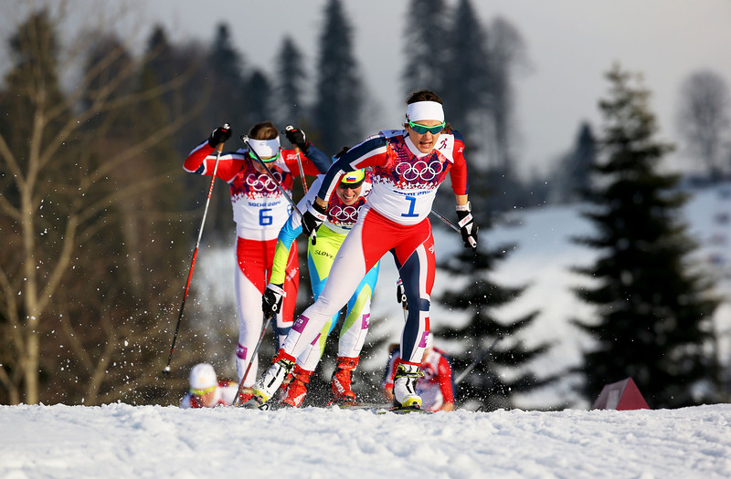 . Maiken Caspersen Falla of Norway leads the pack in the Finals of the Ladies\' Sprint Free during day four of the Sochi 2014 Winter Olympics at Laura Cross-country Ski & Biathlon Center on February 11, 2014 in Sochi, Russia.  (Photo by Doug Pensinger/Getty Images)
