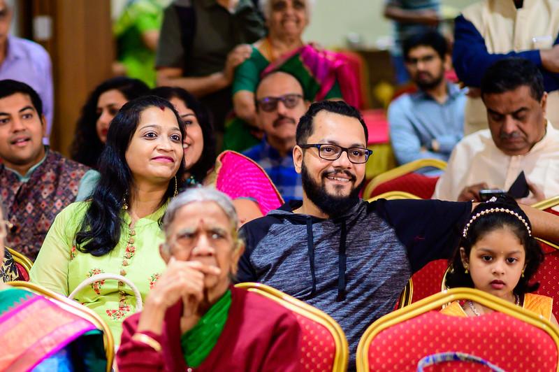 2019-12-Ganesh+Supriya-3904.jpg