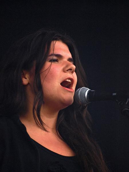 The Magic Numbers Bevrijdingsfestival Groningen 05-05-11 (49) .jpg