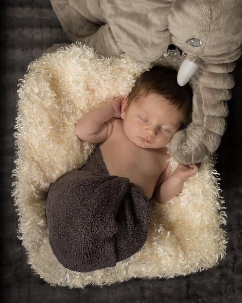 Benson newborn session-2.jpg