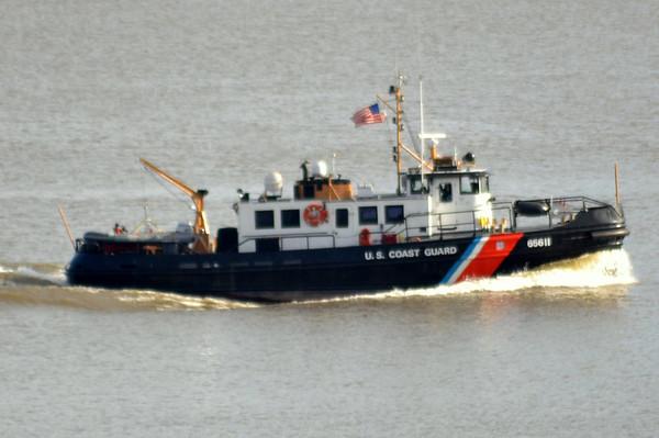 USCG Line Harbor Tug 65611 12/5/12