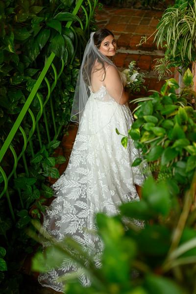 Rebecca-Andy-3-Newlyweds-77.jpg